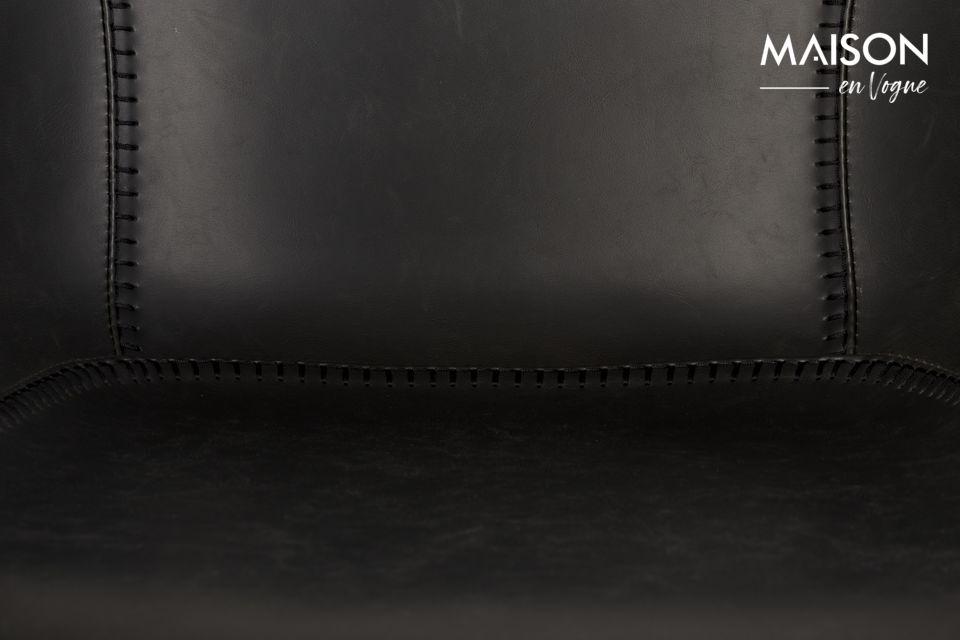 ¿Se pregunta de dónde se inspira la silla Feston Black? Con sus detalles de costura decorativa a