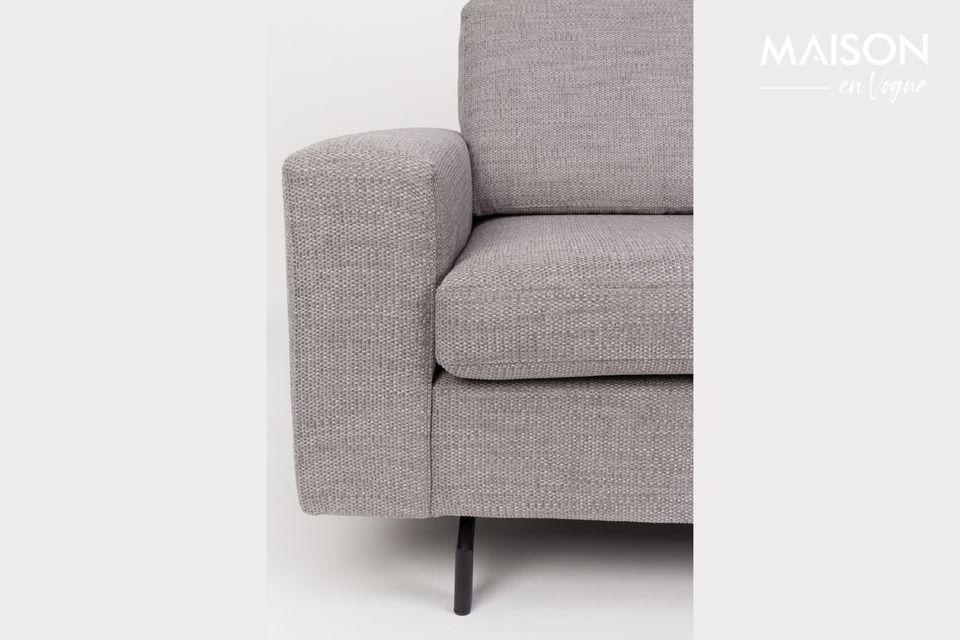 le aseguran a este sofá una verdadera durabilidad