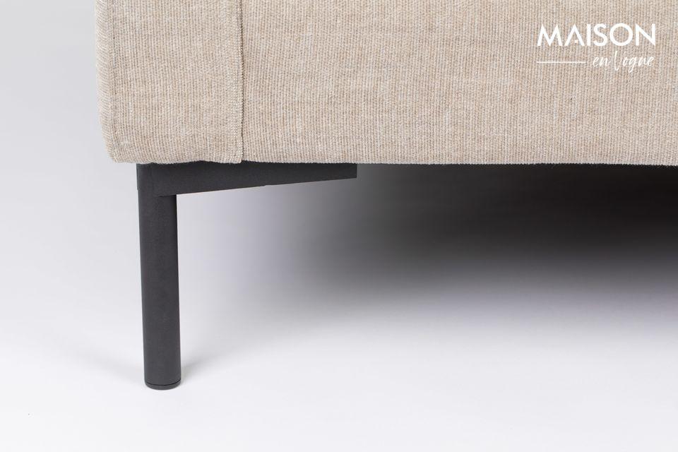 Su estilo atemporal ha sido pensado para que coincida fácilmente con el resto de sus muebles