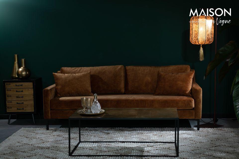 Un robusto sofá para acomodar a toda la familia