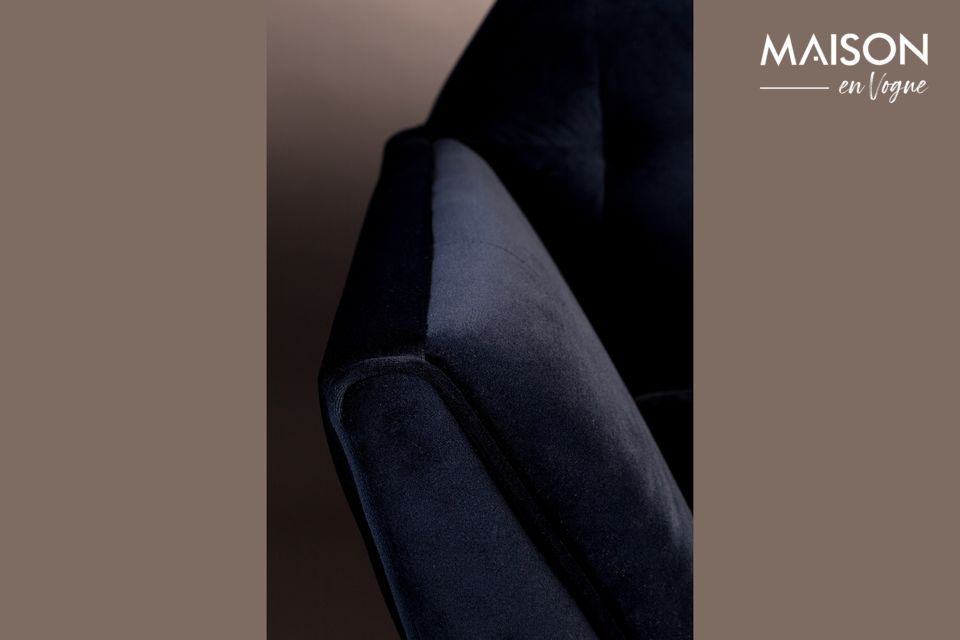 Las costuras del asiento y el respaldo aumentan el placer estético