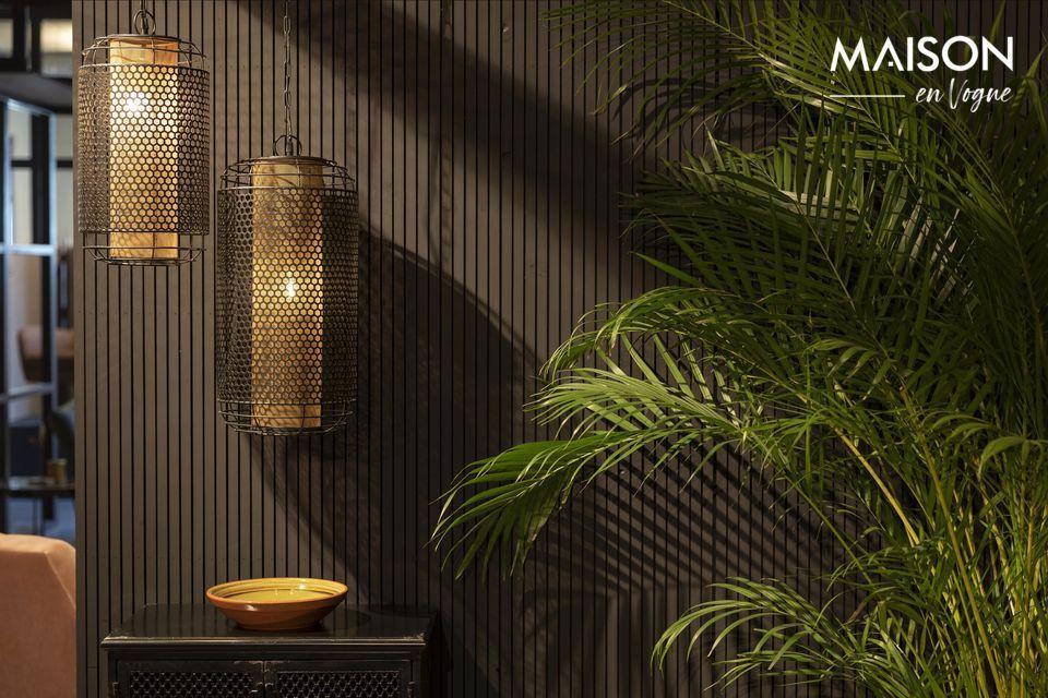 Sublime su decoración interior y caliente el ambiente con esta lámpara suspendida Archer M