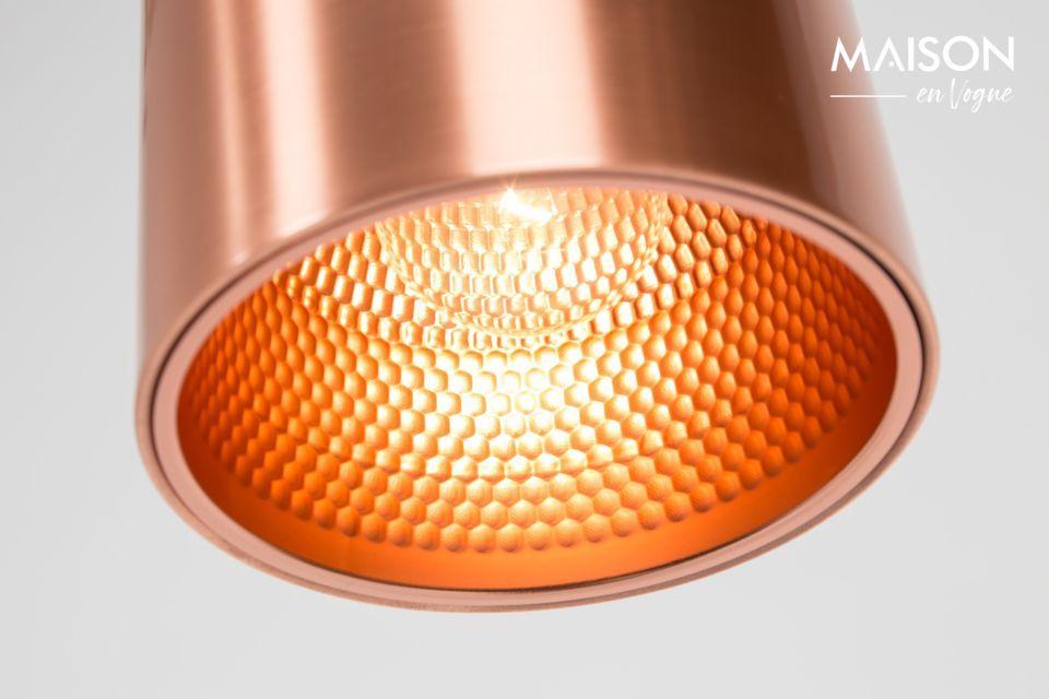 La luz está muy orientada con la arquitectura de neón de esta lámpara