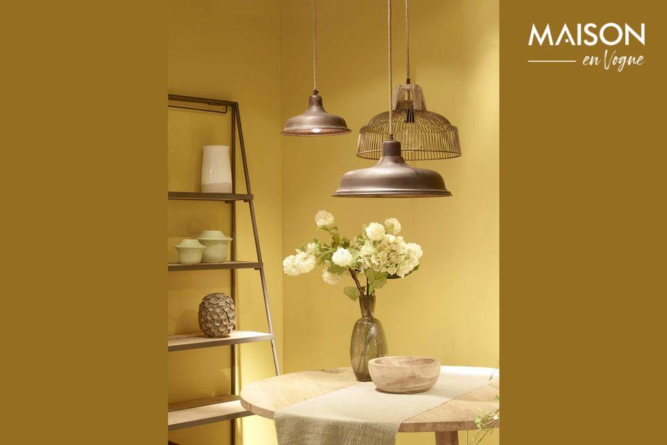 Una lámpara de época con encanto rústico
