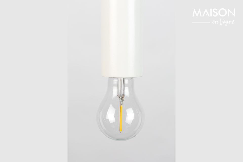 Una lámpara colgante que quiere pasar desapercibida pero que seduce por su simplicidad