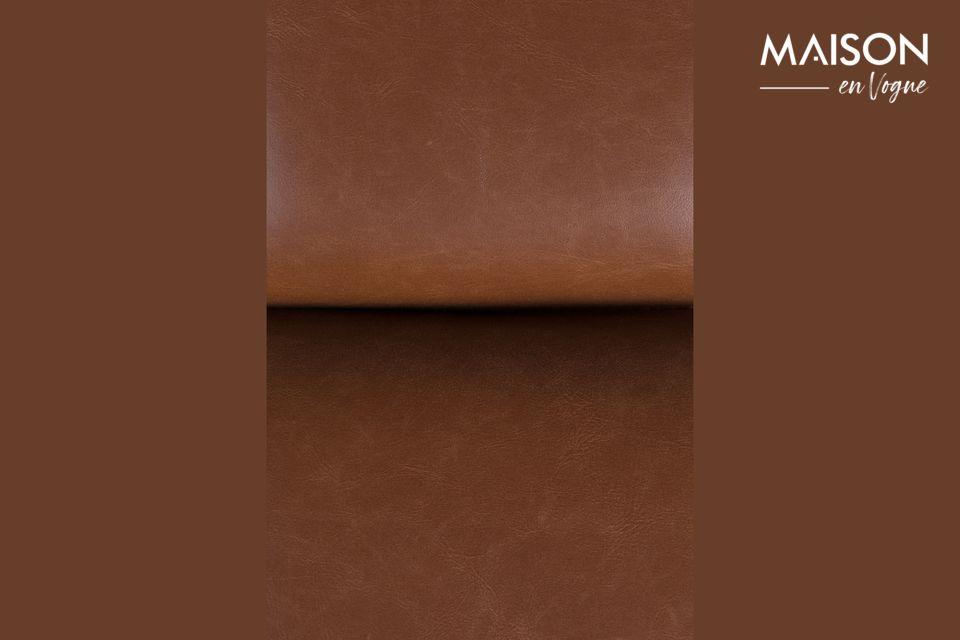 El aspecto lujoso y acogedor de la tapicería de cuero marrón causará sensación entre sus