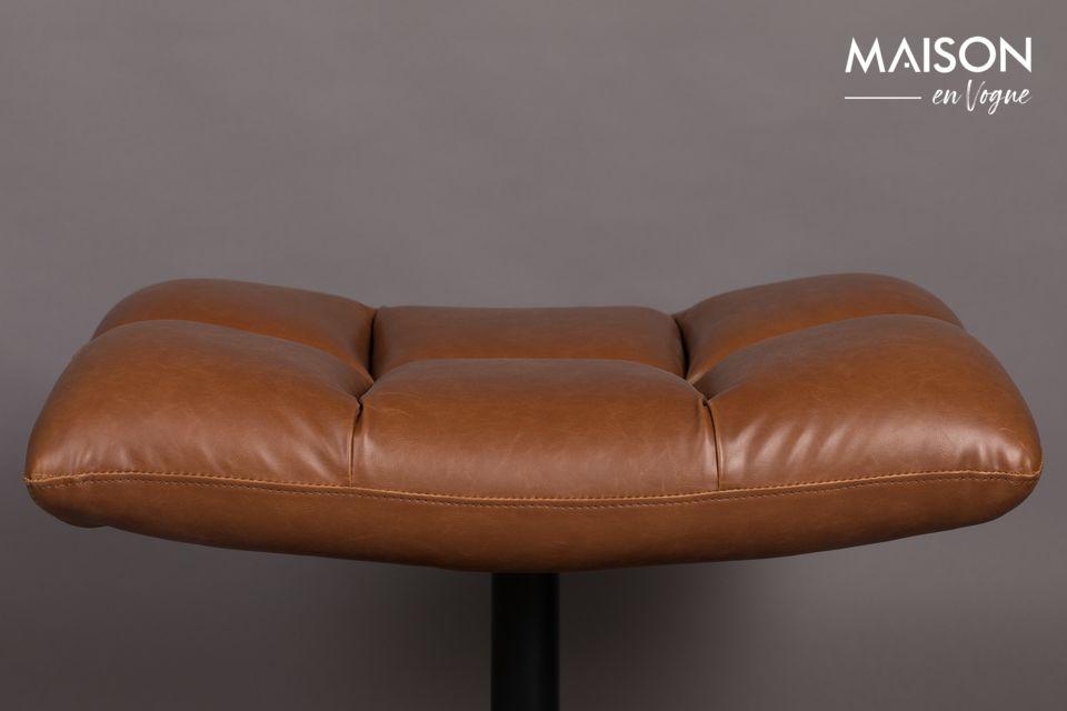 Este taburete, por lo tanto, tiene todas las ventajas para dar calor y comodidad a su interior
