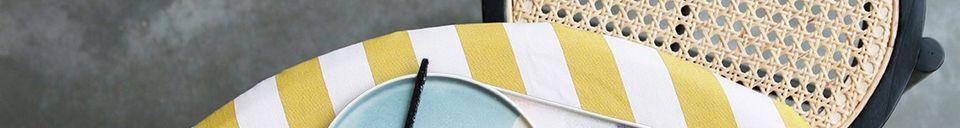 Descriptivo Materiales  Taburete Broglie Negro