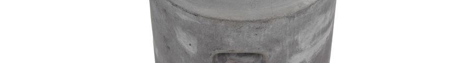 Descriptivo Materiales  Taburete Fibreflex de color gris claro