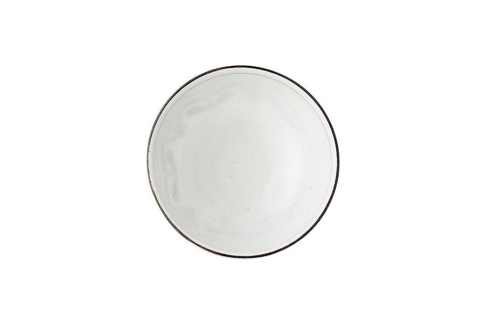 Su fabricación artesanal de porcelana hace que el color de cada pieza varíe ligeramente