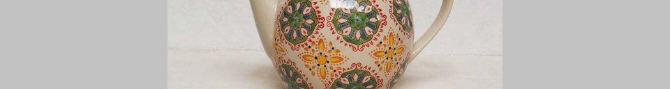 Descriptivo Materiales  Tetera bohemia verde amarilla