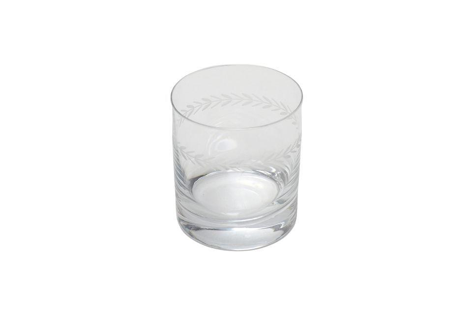 Este vaso de whisky ofrece una arquitectura clásica y distinguida